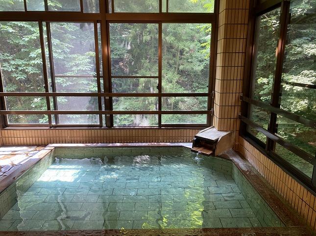 【東京】蛇の湯温泉 たから荘  予約ページ